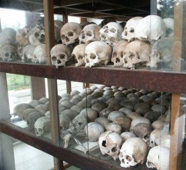 1killing_fields_skulls