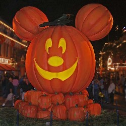 pumpkinmickey1.jpg