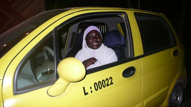 taxisalu.JPG
